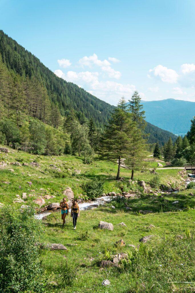 Trekking in estate in montagna